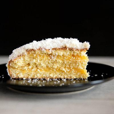 Lemon Layer Cake (V)